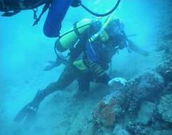 Sergio sul fondale marino in immersione